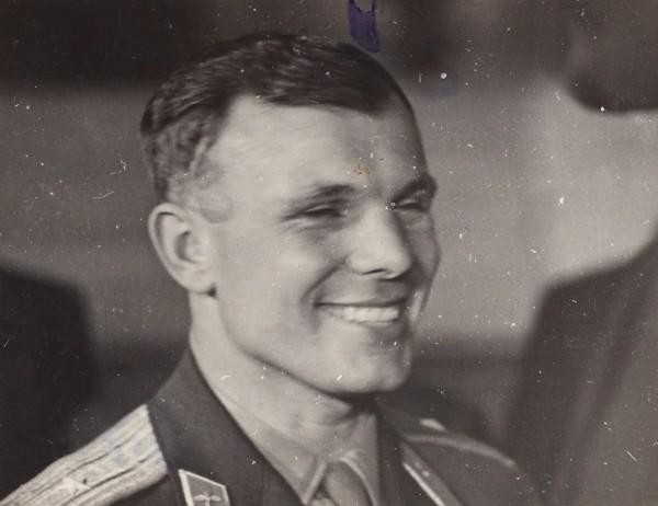 Фотография улыбающегося Юрия Гагарина. 1960-е гг.