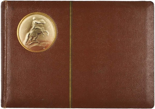 Лот из двух альбомов фотографий семьи купца Якова Федоровича Бычкова. 1880-1970.