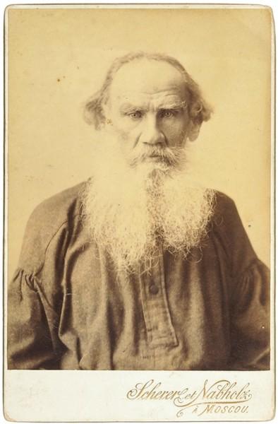 Фотопортрет Льва Толстого / фот. Шерер, Набгольц и К°. [М., 1897].