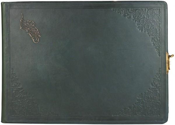 Альбом учеников И.Е. Репина студии М.К. Тенишевой, подаренный А.В. Прахову. 19 листов, посвящение и 16 этюдов. 1898. Размер альбома 41 х 55 см.